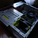 [i][PC]をコンパクトにするためにPCケースをINWIN IW-CE685/300Pに交換した